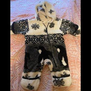 Black mountain bunting suit
